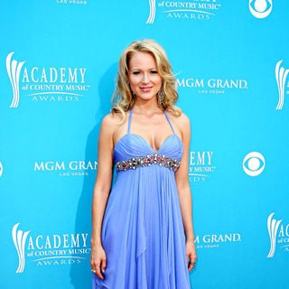 Jewel Kilcher in The 45th Annual Academy of Country Music Awards