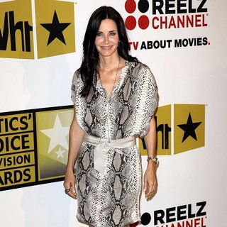 Courteney Cox in The 2011 Critics Choice Television Awards Luncheon - Red Carpet