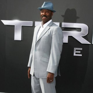 Courtney B. Vance in Los Angeles Premiere of Terminator Genisys - Red Carpet Arrivals