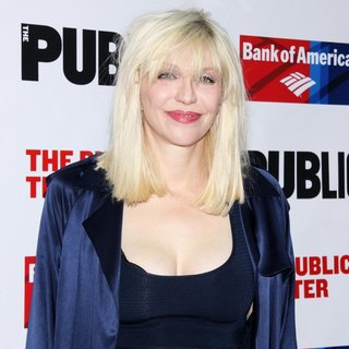 Courtney Love - The Public Theater Annual Gala - Arrivals