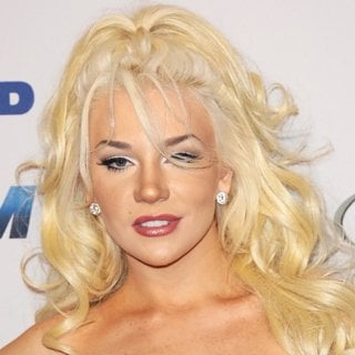 Courtney Stodden in 27th Annual Night of 100 Stars Black Tie Dinner Viewing Gala - Arrivals