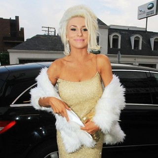 Courtney Stodden in Courtney Stodden Spotted on Sunset Boulevard