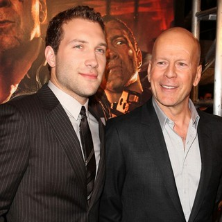 Jai Courtney, Bruce Willis in A Good Day to Die Hard Fan Celebration