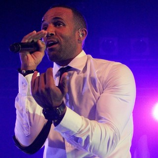 Craig David in Craig David Performing Live on Stage