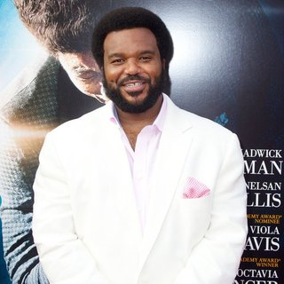 New York Premiere of Get on Up - Red Carpet Arrivals - craig-robinson-premiere-get-on-up-02