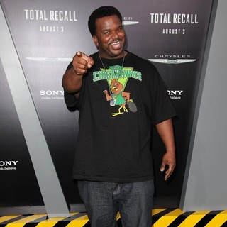 Craig Robinson in Los Angeles Premiere of Total Recall