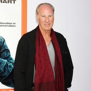 Craig T. Nelson in Los Angeles Premiere of Get Hard - Red Carpet Arrivals - craig-t-nelson-premiere-get-hard-04