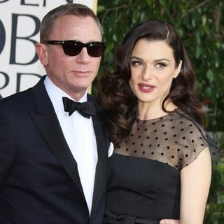 Daniel Craig, Rachel Weisz in 70th Annual Golden Globe Awards - Arrivals
