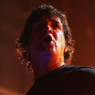 Scott Stapp, Creed in Creed Perform on Stage During The Full Circle Tour