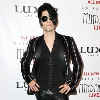 World Premiere of Criss Angel Mindfreak Live