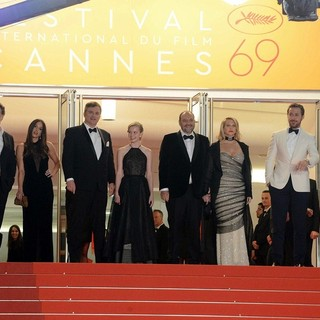 Russell Crowe, Murielle Telio, Shane Black, Angourie Rice, Joel Silver, Karyn Fields, Ryan Gosling, Matthew Bomer in 69th Cannes Film Festival - The Nice Guys Premiere - Arrivals