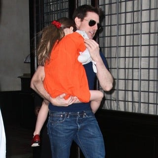 Suri Cruise, Tom Cruise in Tom Cruise and Suri Cruise Leaving The Greenwich Hotel