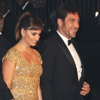 Penelope Cruz, Javier Bardem in World Premiere of Skyfall - Arrivals