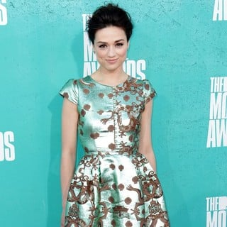 Crystal Reed in 2012 MTV Movie Awards - Arrivals