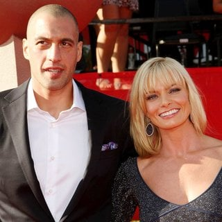 Eric Cubiche, Jaime Pressly in The 2011 ESPY Awards