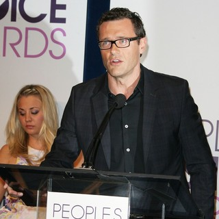 Kaley Cuoco, Jason O'Mara in The 2013 People's Choice Awards Nominee Announcements