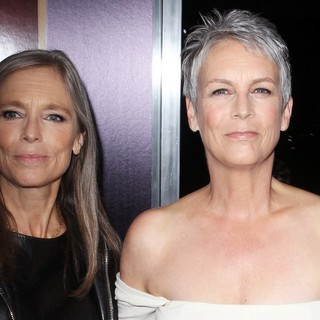 Kelly Curtis, Jamie Lee Curtis in The Premiere of Fox Searchlight Pictures' Hitchcock - Arrivals