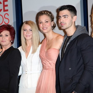 Elisha Cuthbert, Sharon Osbourne, Julianne Hough, Kaley Cuoco, Joe Jonas, Jennifer Morrison in People's Choice Awards 2012 Nominations Press Conference
