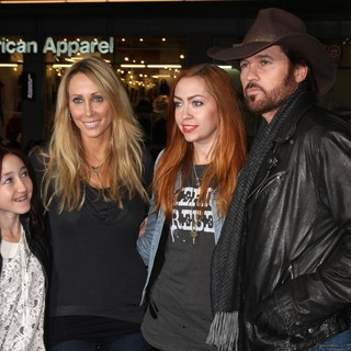 Billy Ray Cyrus in The Premiere of Joyful Noise - Arrivals - cyrus-premiere-joyful-noise-01