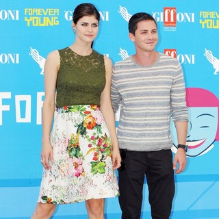 Logan Lerman in Percy Jackson - Photocall - daddario-lerman-percy-jackson-photocall-02