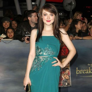 Dakota Fanning in The Premiere of The Twilight Saga's Breaking Dawn Part II