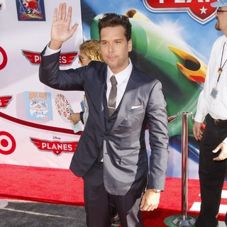 Dane Cook in Los Angeles Premiere of Disney's Planes