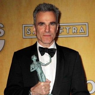 Daniel Day-Lewis in 19th Annual Screen Actors Guild Awards - Press Room
