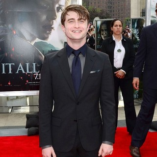 Daniel Radcliffe in New York Premiere of Harry Potter and the Deathly Hallows Part II - Arrivals
