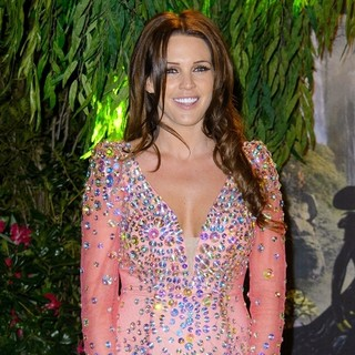 Danielle Lloyd in U.K. Premiere of Oz: The Great and Powerful - Arrivals
