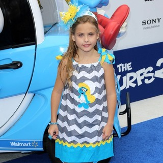 Dannielynn Birkhead in The Los Angeles Premiere of The Smurfs 2 - Arrivals