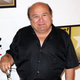 Danny DeVito in The 2011 Critics Choice Television Awards Luncheon - Red Carpet