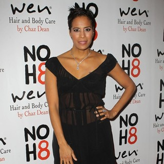 Daphne Wayans in NOH8 Celebrity Studded 4th Anniversary Party - Arrivals