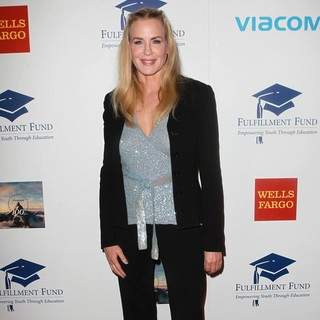 Daryl Hannah in The Fulfillment Fund's STARS 2012 Benefit Gala - Arrivals - daryl-hannah-stars-2012-benefit-gala-03