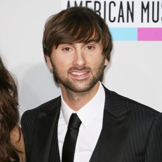 Dave Haywood, Lady Antebellum in 2011 American Music Awards - Arrivals