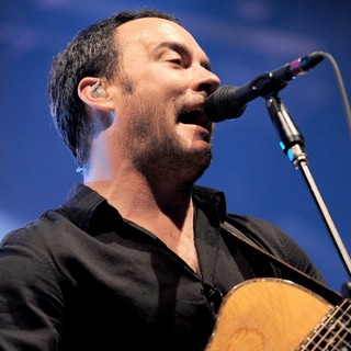 Dave Matthews Band Performing Live at PalaSharp - dave-matthews-band-performing-live-at-palasharp-07