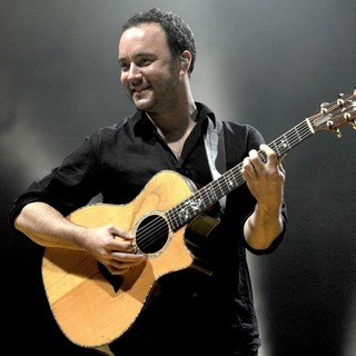 Dave Matthews Band Performing Live at PalaSharp - dave-matthews-band-performing-live-at-palasharp-08