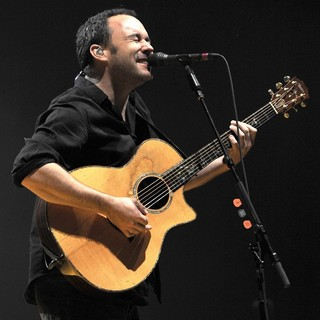 Dave Matthews Band Performing Live at PalaSharp - dave-matthews-band-performing-live-at-palasharp-09