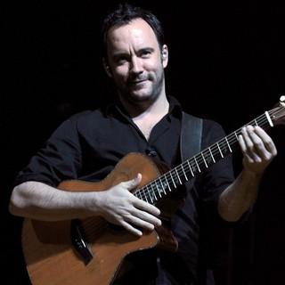 Dave Matthews Band Performing Live at PalaSharp - dave-matthews-band-performing-live-at-palasharp-10