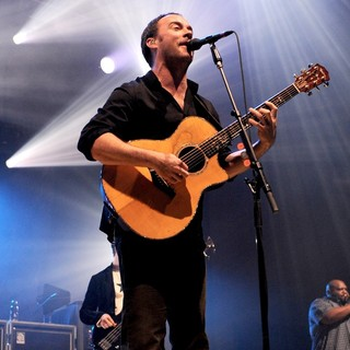 Dave Matthews Band Performing Live at PalaSharp - dave-matthews-band-performing-live-at-palasharp-14