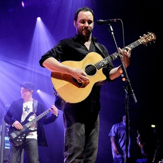 Dave Matthews Band Performing Live at PalaSharp - dave-matthews-band-performing-live-at-palasharp-15