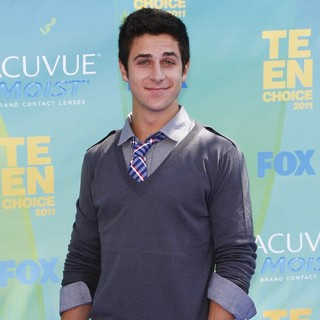 David Henrie in 2011 Teen Choice Awards