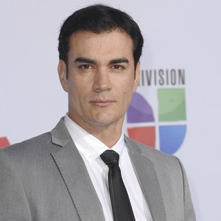 David Zepeda in The 12th Annual Latin GRAMMY Awards - Arrivals