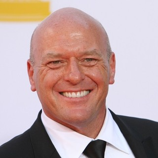 Dean Norris in 64th Annual Primetime Emmy Awards - Arrivals