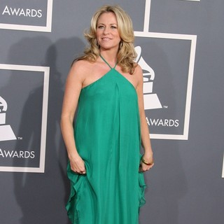 Deana Carter in 54th Annual GRAMMY Awards - Arrivals