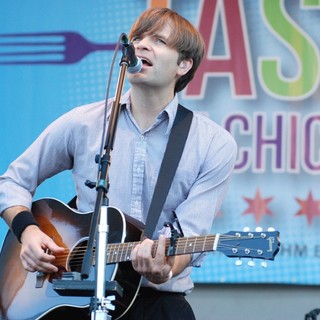 Death Cab for Cutie Performing Live at Taste of Chicago 2012 - death-cab-for-cutie-taste-of-chicago-2012-01
