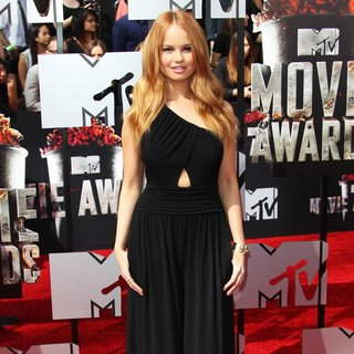 Debby Ryan in MTV Movie Awards 2014 - Arrivals