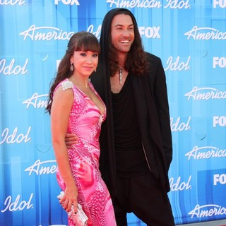 Diana DeGarmo, Ace Young in American Idol Season 11 Grand Finale Show - Arrivals