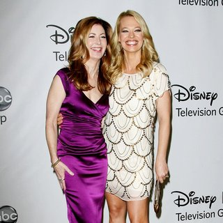 Dana Delany, Jeri Ryan in 2011 Disney ABC Television Group Host Summer Press Tour