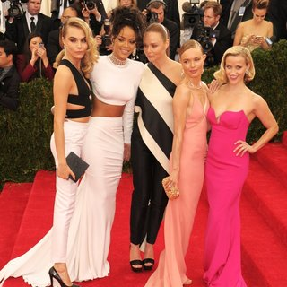 Cara Delevingne, Rihanna, Stella McCartney, Kate Bosworth, Reese Witherspoon in Charles James: Beyond Fashion Costume Institute Gala - Arrivals