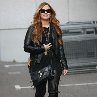Demi Lovato in Demi Lovato at The ITV Studios